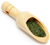 green-tea-in-a-wooden-spoon